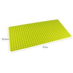 Tấm đế kiểu Lego Light Green Baseplate 32 x 32 xanh lá nhạt