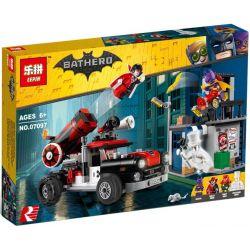 Lepin 07097 Sheng Yuan 1012 SY1012 Bela 10880 (NOT Lego Batman Movie 70921 Harley Quinn Cannonball Attack ) Xếp hình Xe Bắn Pháo Harley Quinn 476 khối