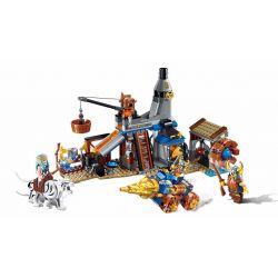 Enlighten 2314 Qman 2314 Xếp hình kiểu Lego NEXO KNIGHTS The War Of Glory Attack The Smithy Glory Battle Assault Blacksmith Shop Tấn Công Thợ Rèn 368 khối