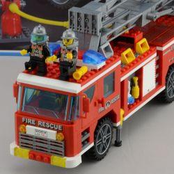 Enlighten Qman 908 Xếp hình kiểu LEGO City Fire Rescue:Scaling Ladder Fire Engines Xe Thang Cứu Hỏa Lớn Và Xe Chiếu đèn 605 khối
